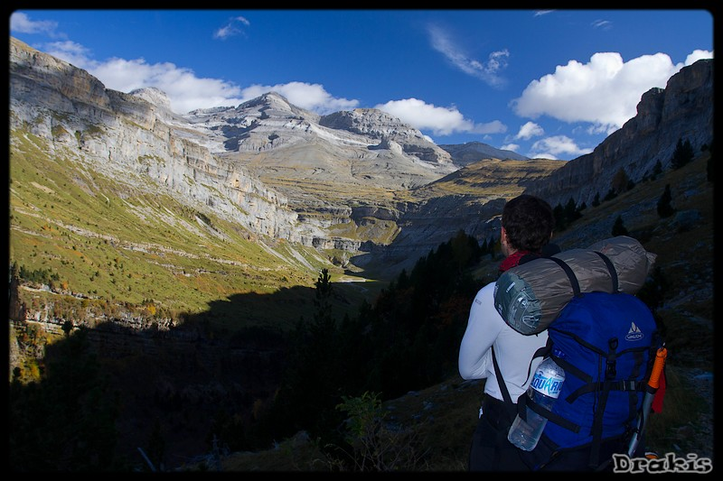 Los tres sorores (Cilindro 3.328m., Monte Perdido (3.355m.) Añisclo o Soum de Ramond 3.263m.)